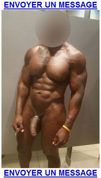 Un mec black baraqué cherche un petit minet