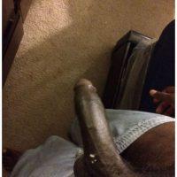Male dominant cherche un soumis imberbe féminin