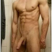 Très beau mec cherche un sexfriend sympa